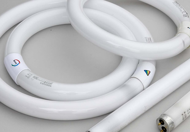 Fluorescent Lamps (Recycling Technology)